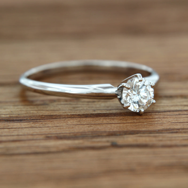 14KW Solitaire Ring RBC Center Diamond .50 CT VS2 G 6 Prong