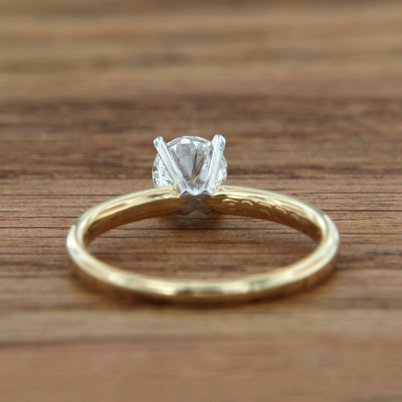 14K Yellow Gold Ring Platinum Head Round Brilliant Cut Diamond .72 Carat SI2/H Solitaire