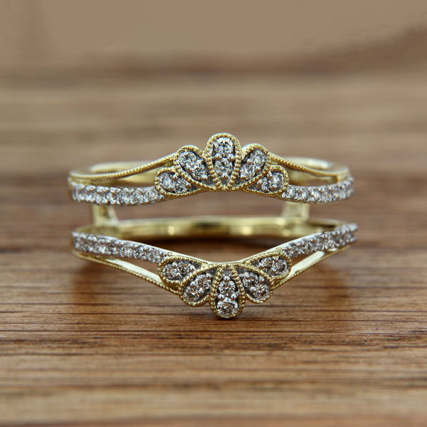 14KY Ring Guard .25CTTW millgrain detail