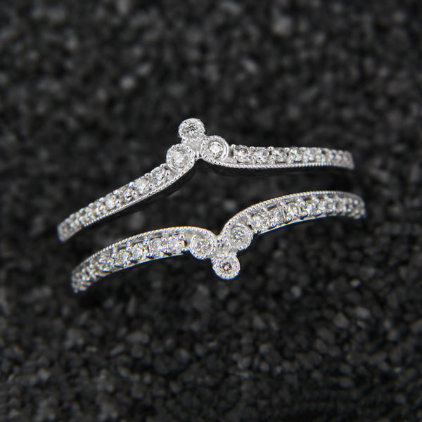 14KW Ring Gaurd 1/4CTTW Diamonds Pave Bead Edge Size 7