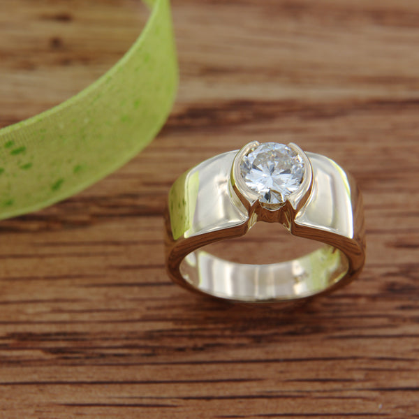 14K Yellow Gold Ring Round Brilliant Cut Diamond over 1 CT