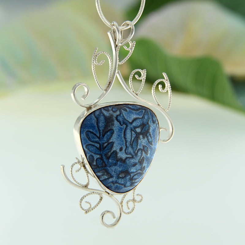 Enchanted Scrollwork Necklace