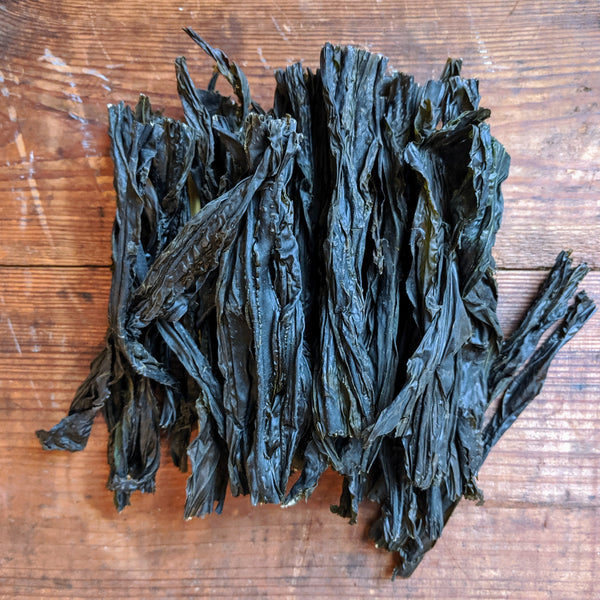 Wakame (Alaria esculenta) Whole-Leaf Dried Maine Seaweed · 2 oz · Atlantic Holdfast