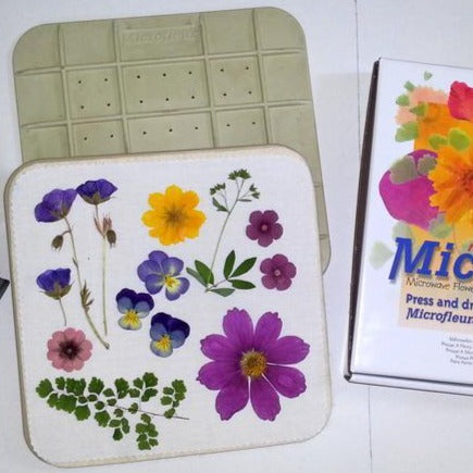 Microfleur 9-Inch Microwave Flower & Seaweed Press