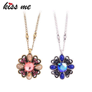 Red Blue Crystal Natural Stone Flower Necklaces Pendants Charming Zinc Alloy Chain Maxi Necklace Women Luxury Jewelry