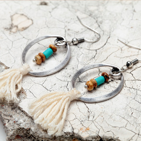 Ethnic Beige Cotton Tassel Dangle Earrings For Women Bohemia Antique Silver Round Circle Colorful Beads Pendant Earrings Jewelry