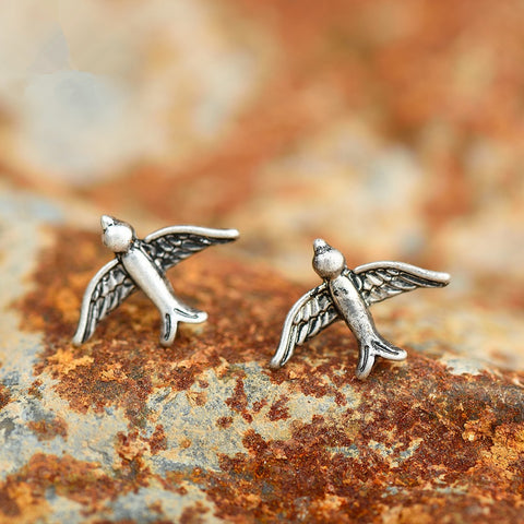 Pihla Minimalist Bird Stud Earrings