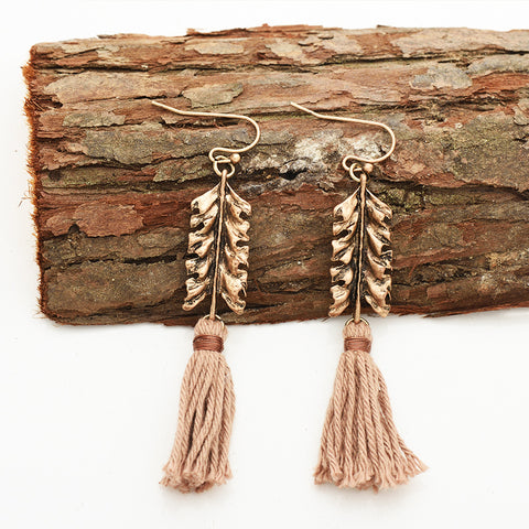 Bohemian Leaf Tassel Drop Earrings Vintage Antique Gold Metal Cotton Tassel Handmade Drop Dangle Earring Jewelry For Women Daily