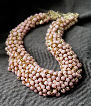New Styles Fashion Jewelry Pink Resin Handed Beaded Bubble Necklace