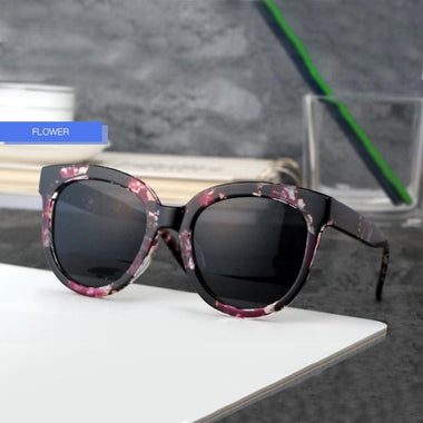 Émilie Black Cat Eye Sunglasses