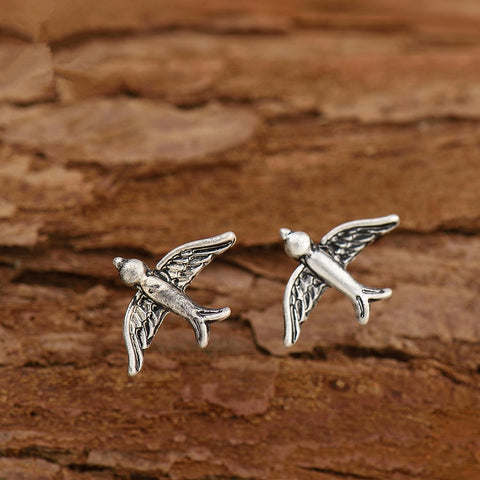 Image of Pihla Minimalist Bird Stud Earrings