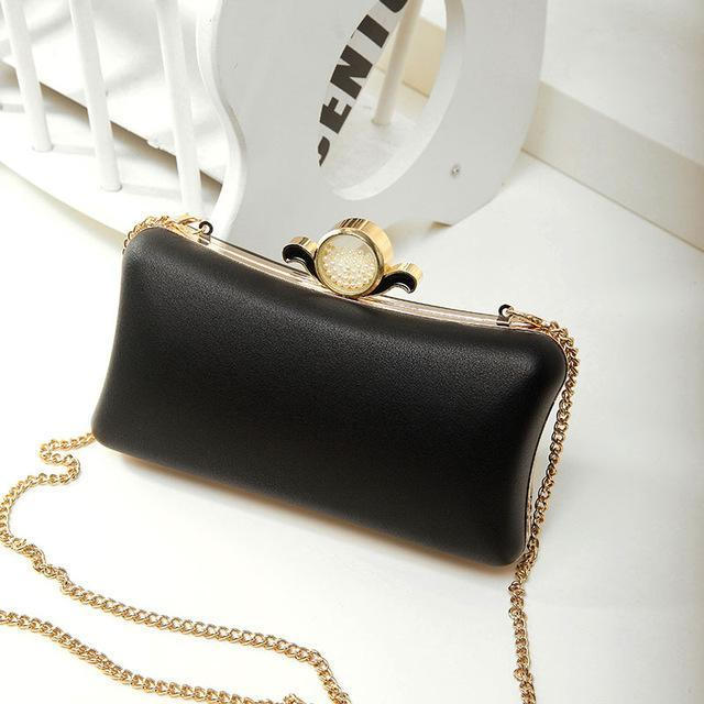 0fef152067 Zoe Round Pearl Clutch Bag – BeautyRun -WANT.NEED.GET
