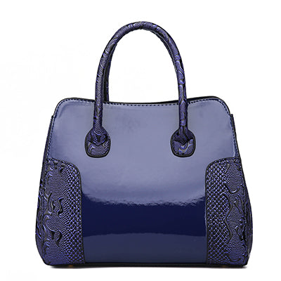 Image of Ana Amélia Crossbody Handbag