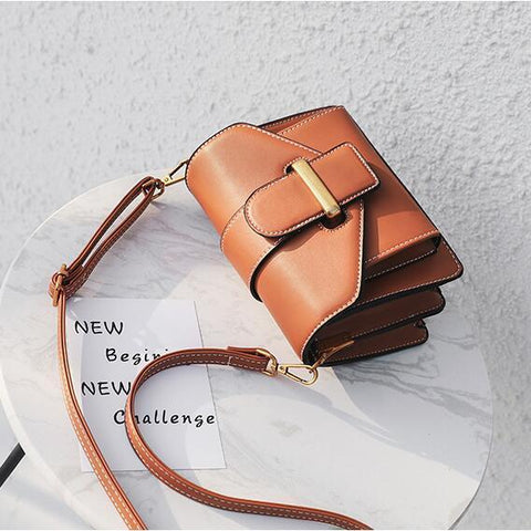 Taliyah Messenger Small Crossbody Handbag