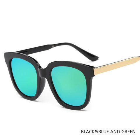 Image of Évelyne Classic Square Metal Frame Sunglasses