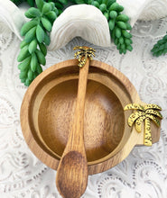 Load image into Gallery viewer, Palm Dip Bowl & Spoon Set