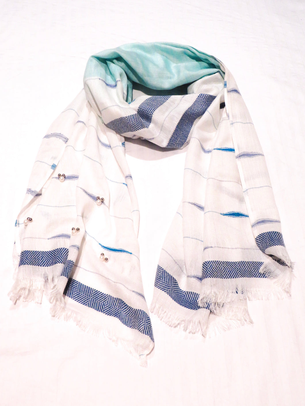 Ivys White & Blue Pearl Scarf