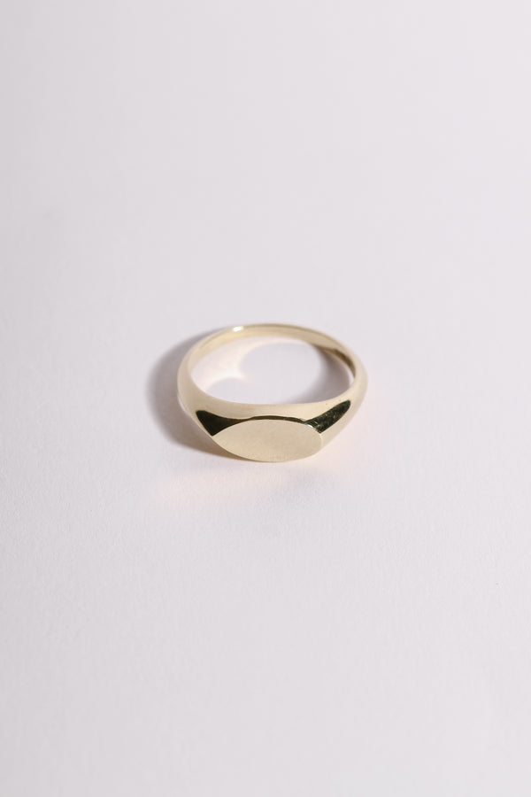 PEAR SHAPED SIGNET RING