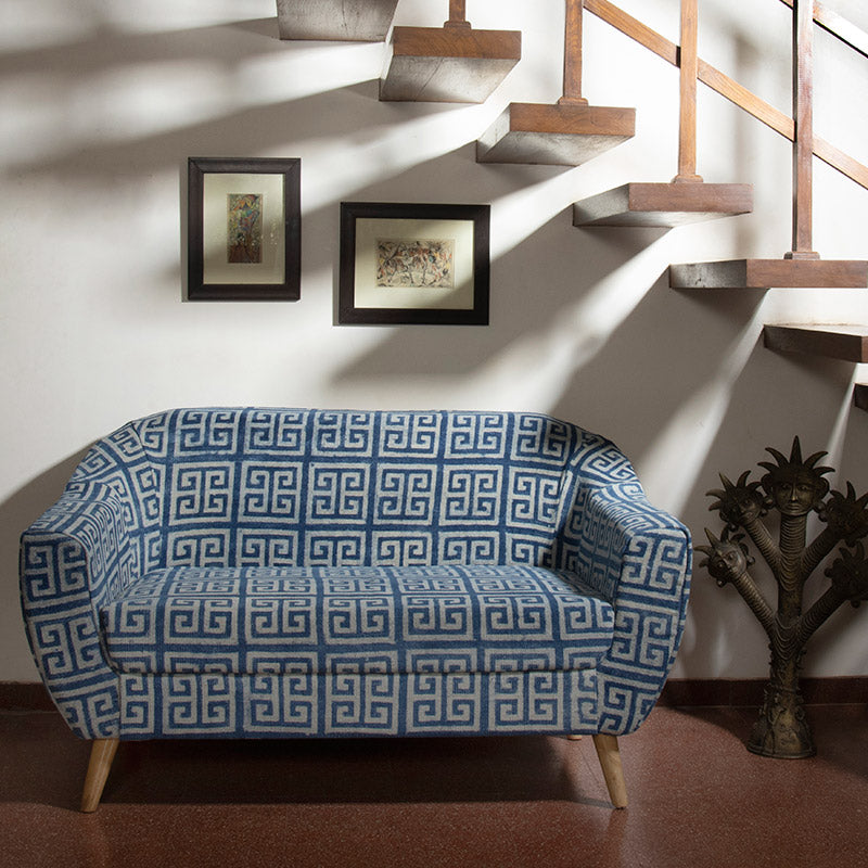 Maze Patterned 2-Seater Loveseat