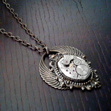 Round Wings Pendant