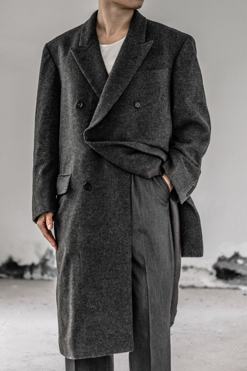 Vintage Oversized Double Breasted Wool Coat in Cold Grey and point Lapels
