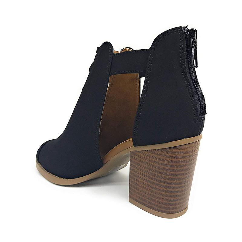 Casual Hollow-out Chunky Heel Boots