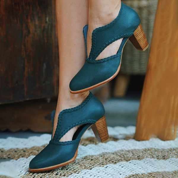 Cutout Low Heel Oxford Shoes