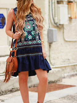Summer Casual Sleeveless Embroidery Dress