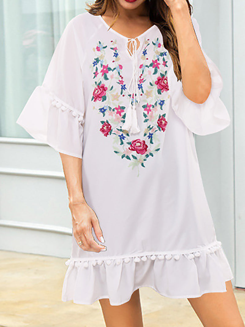 Women White Long Sleeve Shift Floral Printed Dresses