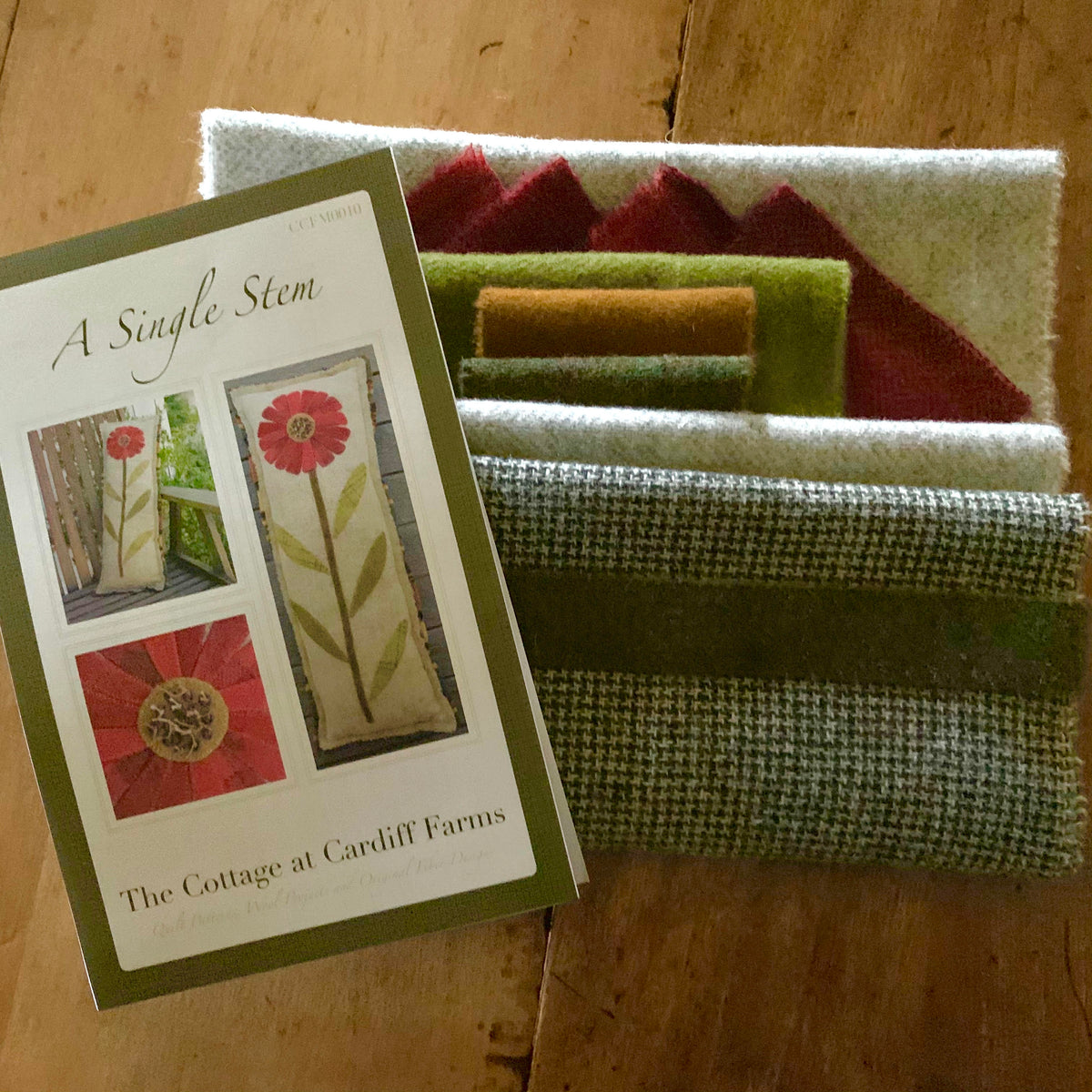 The Cottage at Cardiff Farms - A Single Stem Bench Pillow Wool Kit