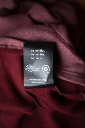 2er Pack: Be Mindful Hoodie Bordeaux & Be Humble Shirt Graphit