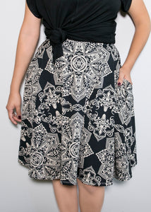 Bloom Skirt - Black and Cream - 1X