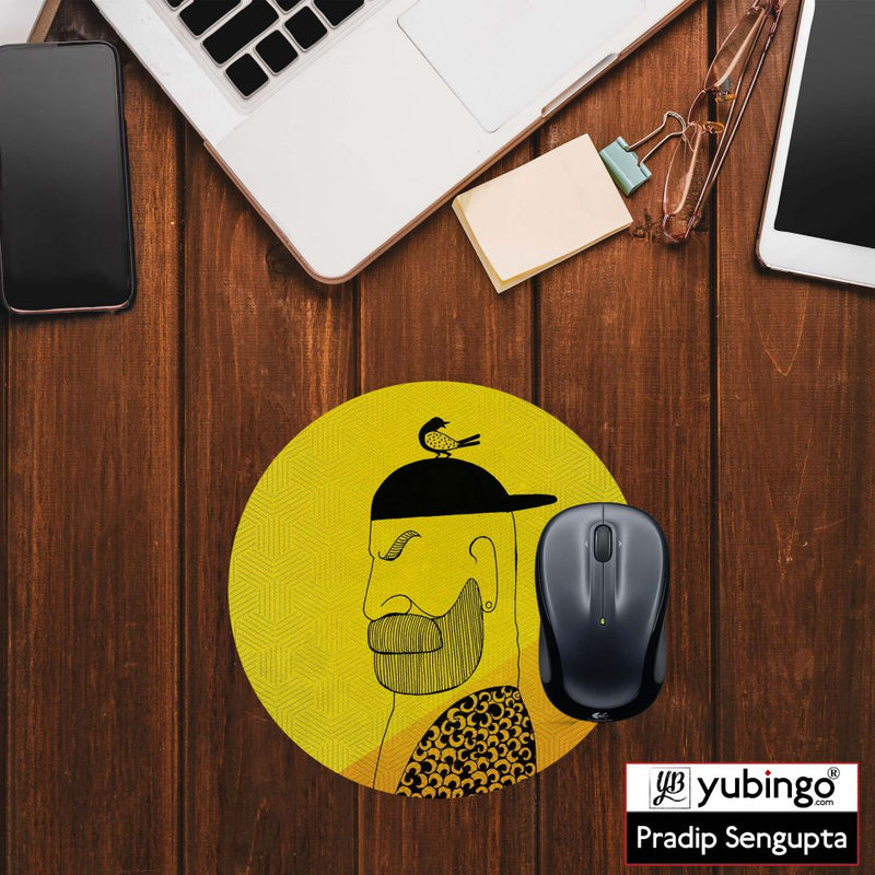 Common man Mouse Pad (Round)