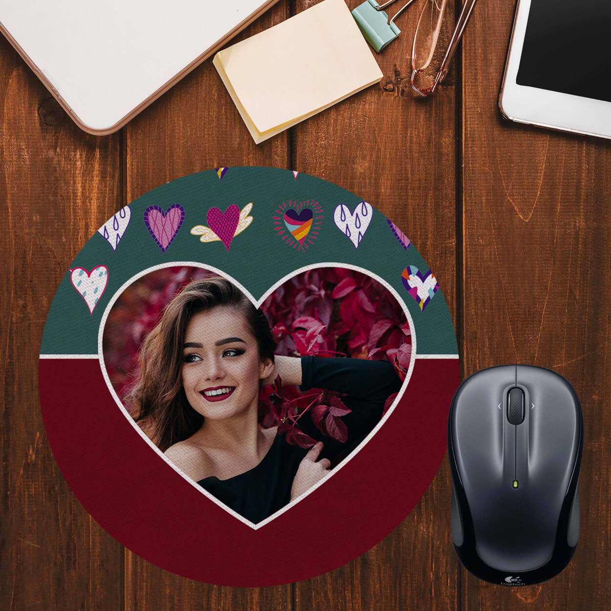 Hearts Photo Mouse Pad (Round)