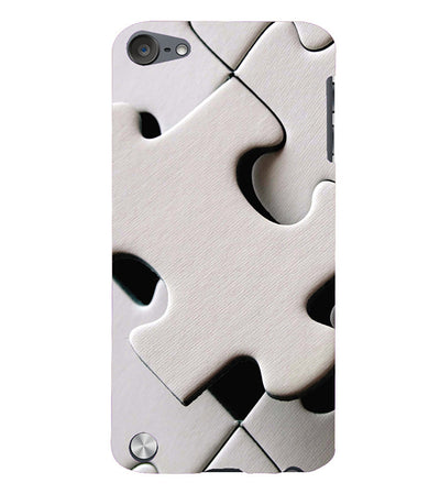 White Stylish Puzzle Back Cover for Apple iPod Touch 5