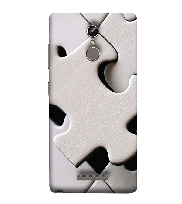 White Stylish Puzzle Back Cover for Gionee Elife S6S