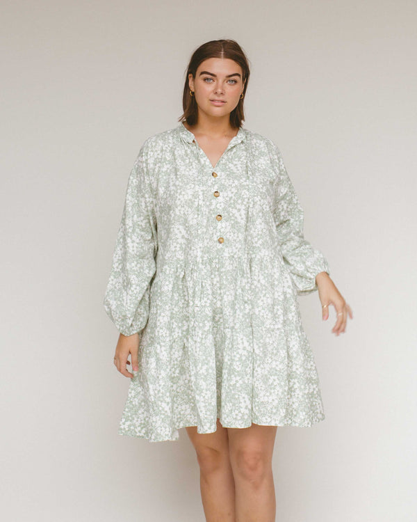 PRE-ORDER - Avalon Smock Dress - Mint Daisies