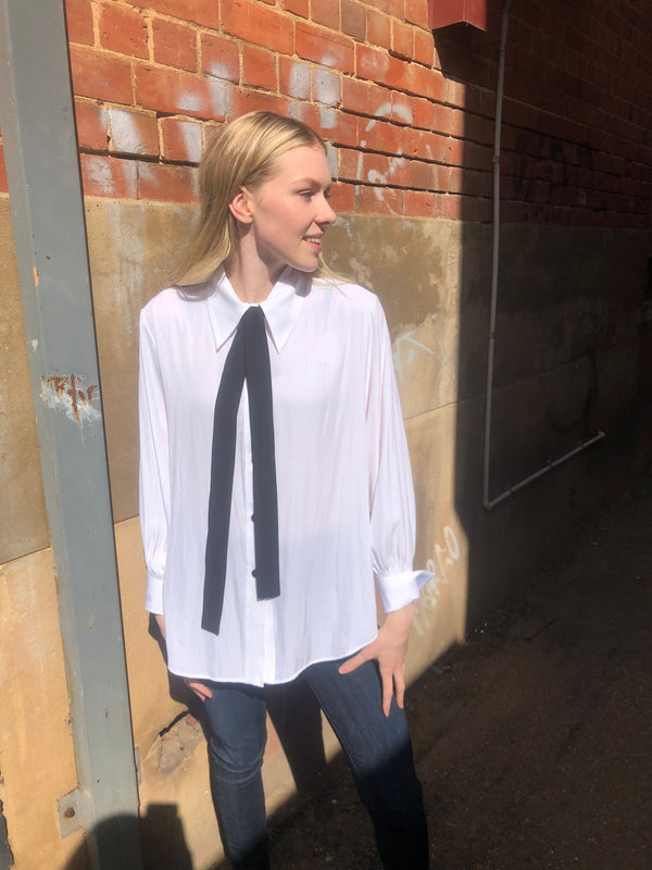 Moulin Blouse