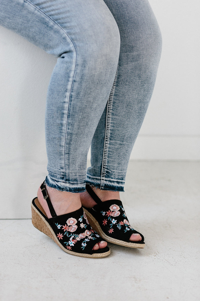 Avery Ankle Skinny Jean