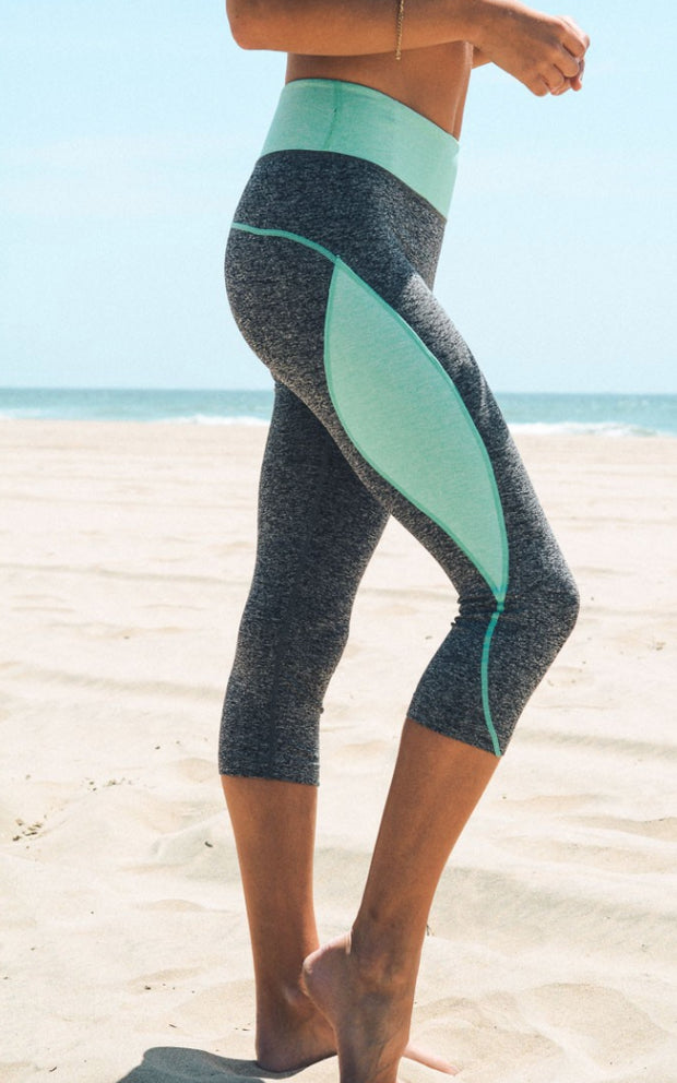 Sexy Mint Capri Yoga Leggings - Open Your heart boutique