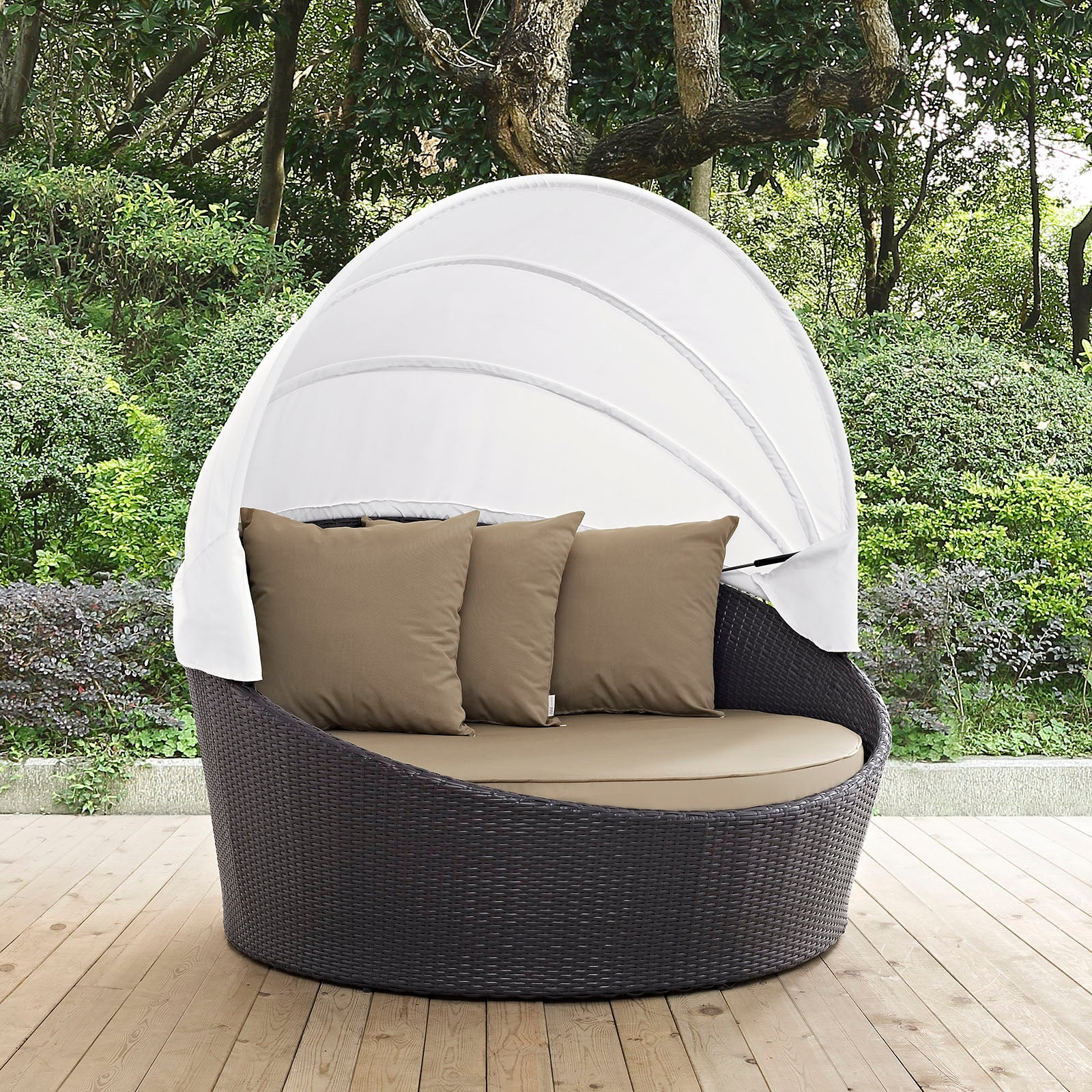 Antigua Outdoor Patio Daybed with Canopy