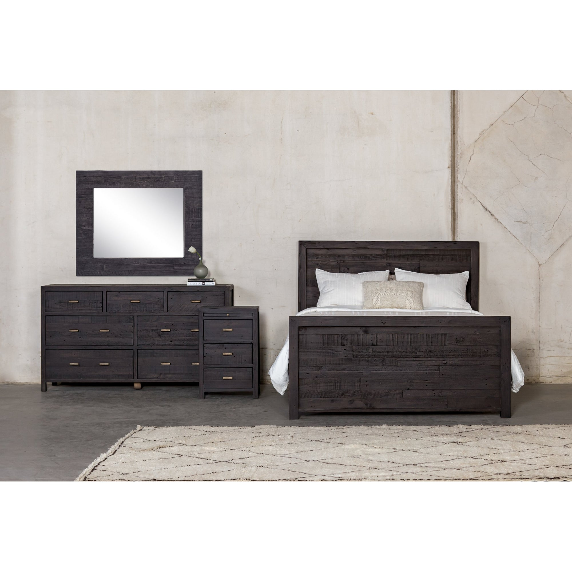 Caminito 7 Drawer Dresser - Dark Carbon