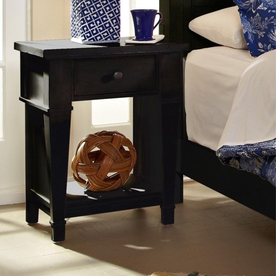 Ravenswood 1-Drawer Nightstand