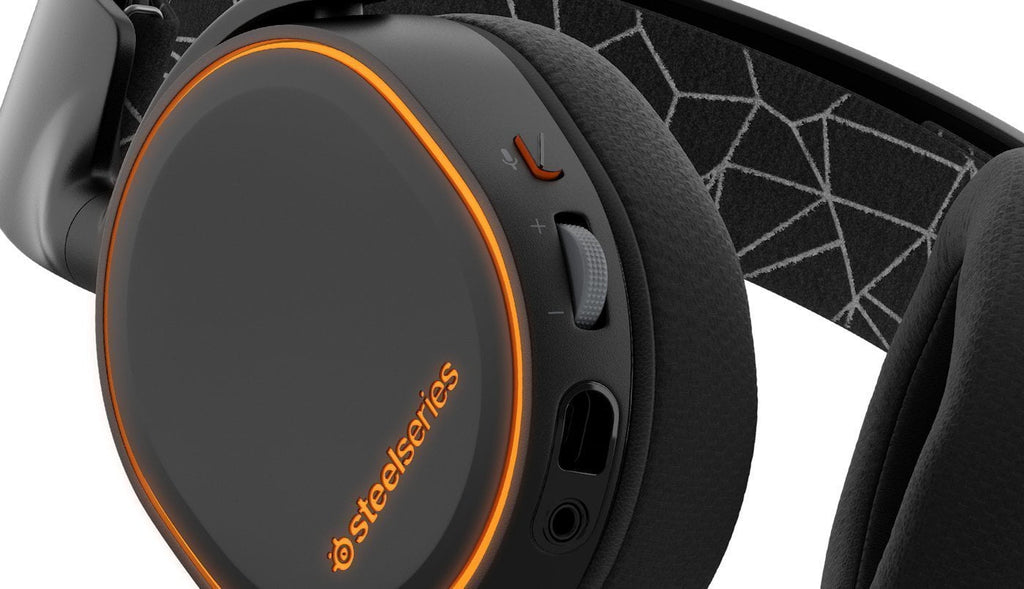 SteelSeries Arctis 5, RGB Illumination Gaming Headset, DTS 7.1 Surround
