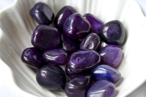 Purple Agate Tumbled Stone - Gemstones&Co