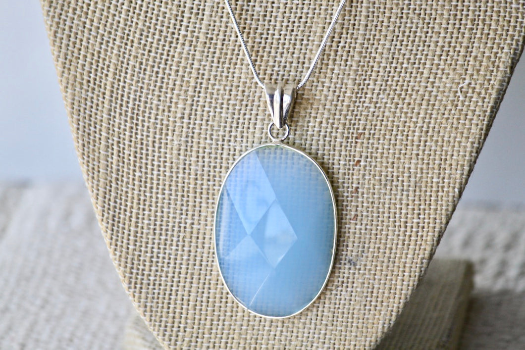 Chalcedony Necklace - Gemstones&Co