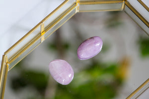 Kunzite Palm Stone - Gemstones&Co