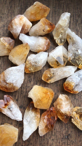 Raw Citrine Point - Gemstones&Co