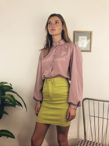stylish vintage outfit perfect for school or work