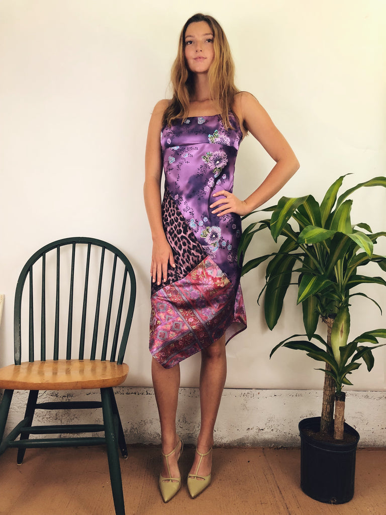 vintage midi dress with exotic print and flattering fit